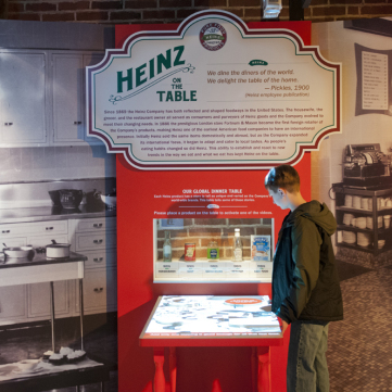 Interactive Table, Heinz Exhibit