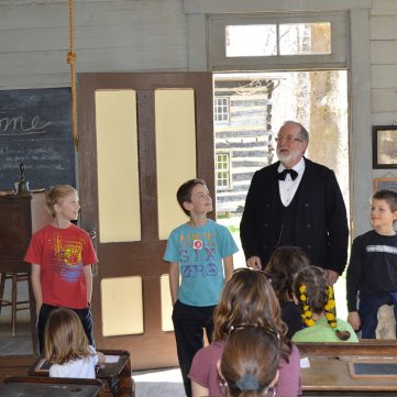 One-Room School House | Meadowcroft Historic Village