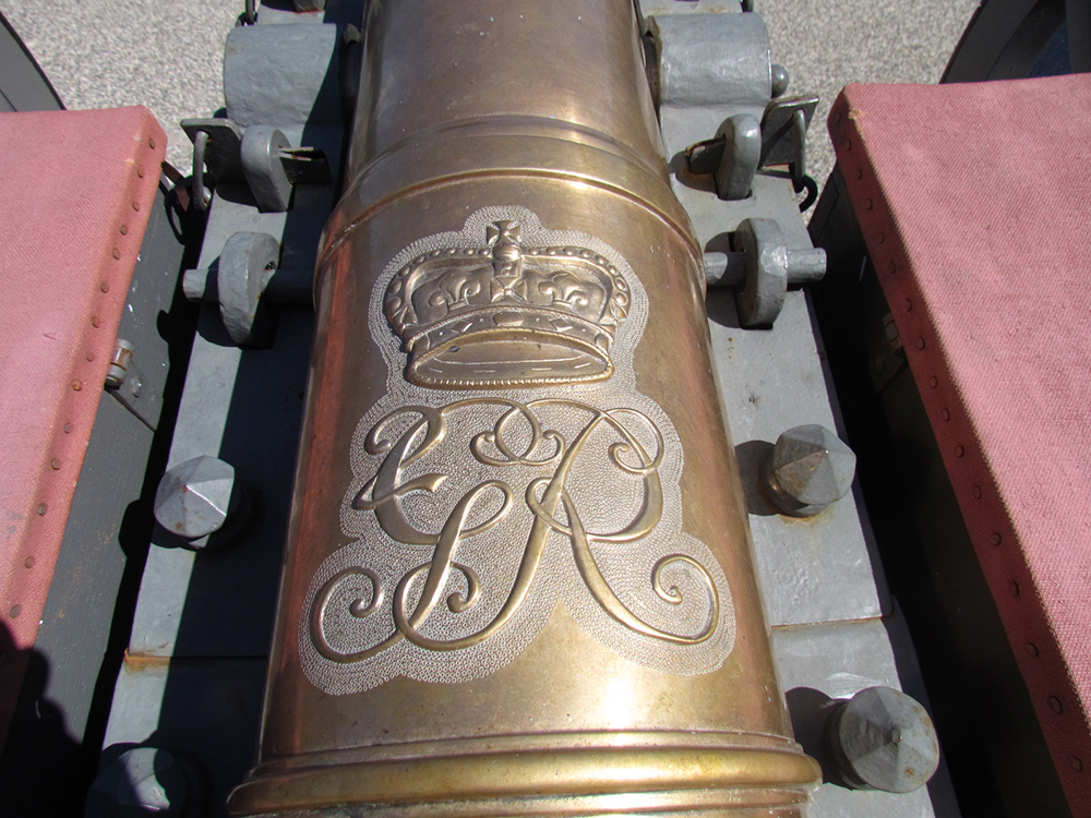 Scroll, Reproduction 18th Century Cannon