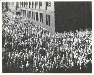 ALT:Several hundred employees outside of the Heinz Main Plant in Pittsburgh's North Side, c. 1946 to 1950. H.J. Heinz Company Photographs, MSP 57, Senator John Heinz History Center.