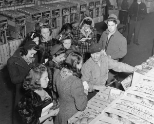 ALT:Home Economics students exploring the problems of food distribution in the Strip District. Pittsburgh Public School Photographs, MSP 117, Detre Library & Archives, Heinz History Center