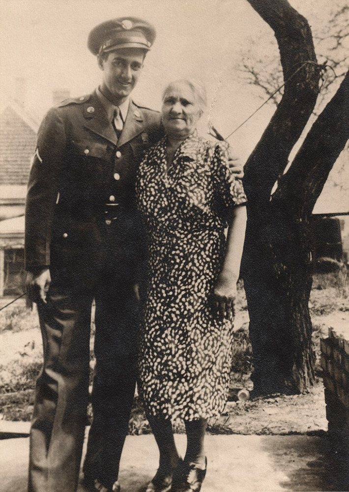 Bruno Calabro and his mother, Agostina, in May 1943. | Heinz History Center blog