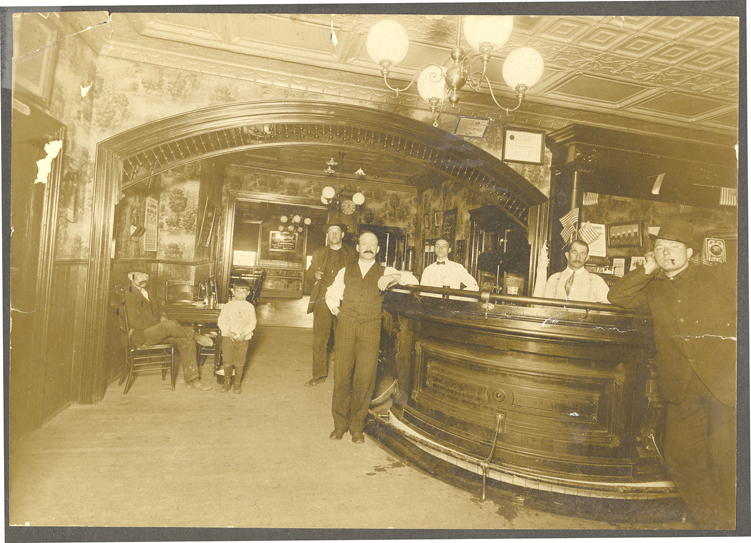Interior of a South Side saloon, c. 1900. Detre Library & Archives, Heinz History Center.