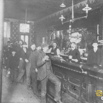 Waiting in line for a beer at a Pittsburgh saloon, c. 1910. | pixburgh: a photographic experience, Heinz History Center