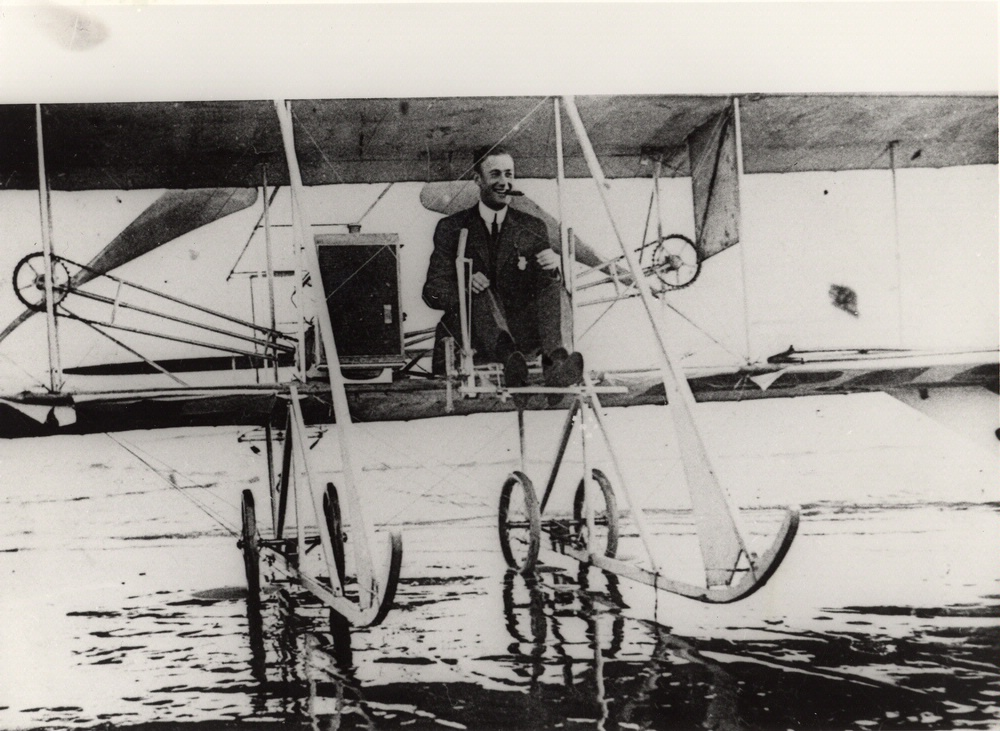 Rodgers and the Vin Fiz make it to the Pacific Ocean in 1911.