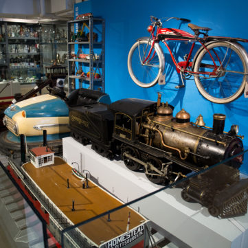 Visible Storage at the Heinz History Center