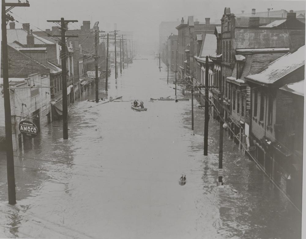 Amoco Station, street unknown, March 1936. | St. Patrick's Day Flood | Heinz History Center