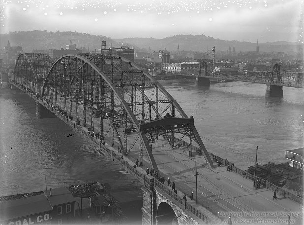 Sixth Street Bridge, March 24, 1917, F. Theodore Wagner, Photographs, Detre Library & Archives at the History Center.