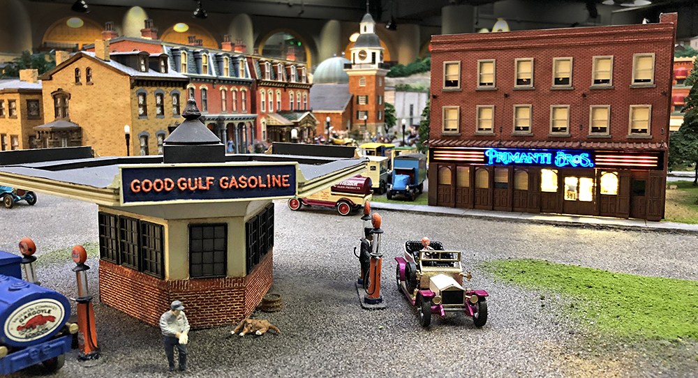 Miniature Railroad with Gulf Gas Station & Primanti Bros.