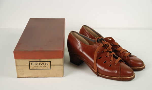 Ilkuvitz store contents, shoes and bowties, c. 1950