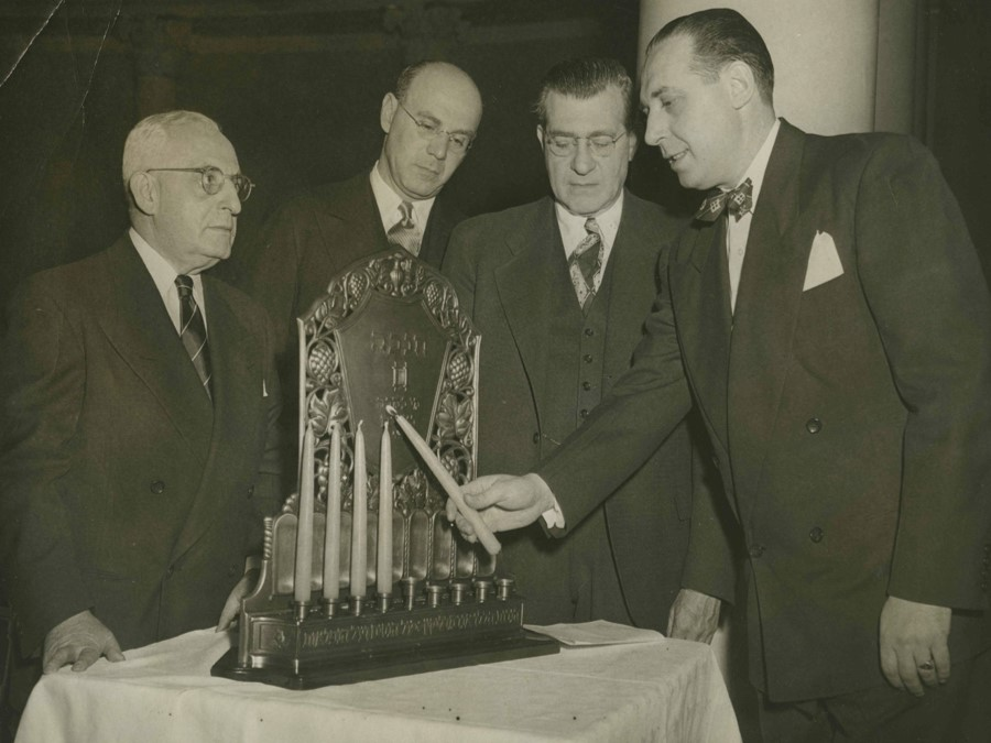 Synagogue dedication Temple Sinai, Hanukkah 1949. Buchman Family Photographs, Rauh Jewish History Program & Archives at the Heinz History Center.