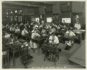 ALT:Sewing class at Fifth Avenue High School, 1918. Pittsburgh Public School Photographs, MSP 117, Detre Library & Archives, Heinz History Center