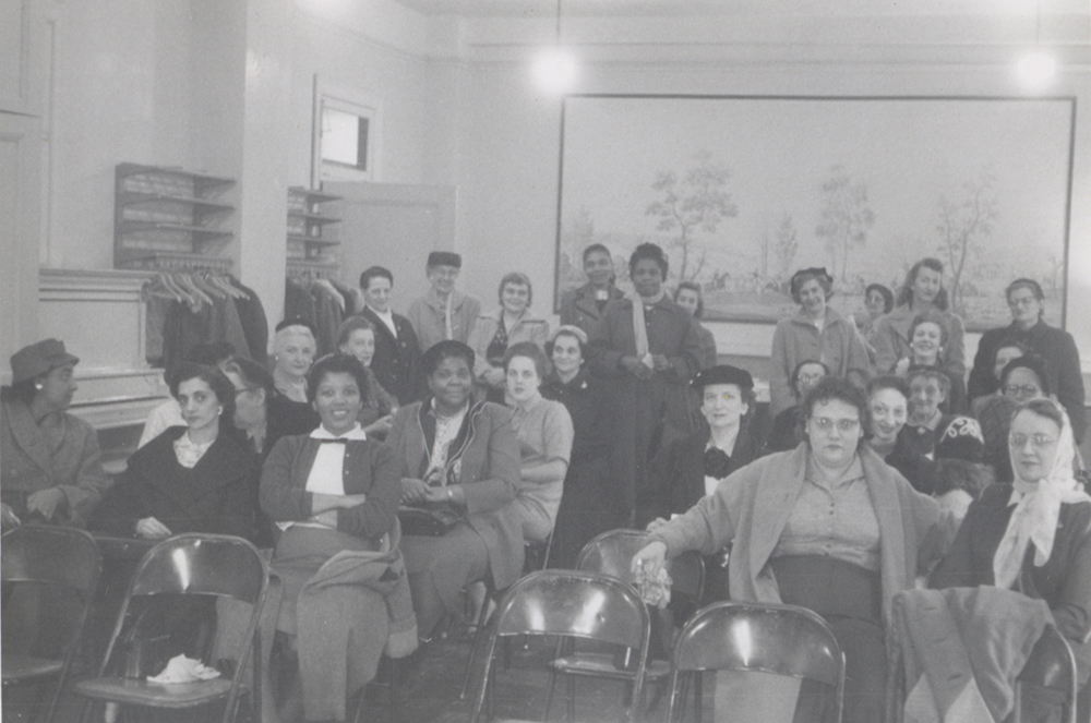 A meeting of Avon representatives, 1958. Taylor Family Collection, Detre Library & Archives at the Heinz History Center.