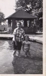 ALT:Elmeade Kubiak Paulette Buchignani, South Park Wading Pools, 1953. | Your #Pixburgh Photo Album | #Pixburgh: A Photographic Experience
