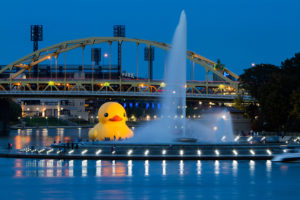 ALT:Florentijn Hofman's Yellow Rubber Duck, October 15, 2013, Pittsburgh, at the Point Fountain. | Your #Pixburgh Photo Album | #Pixburgh: A Photographic Experience