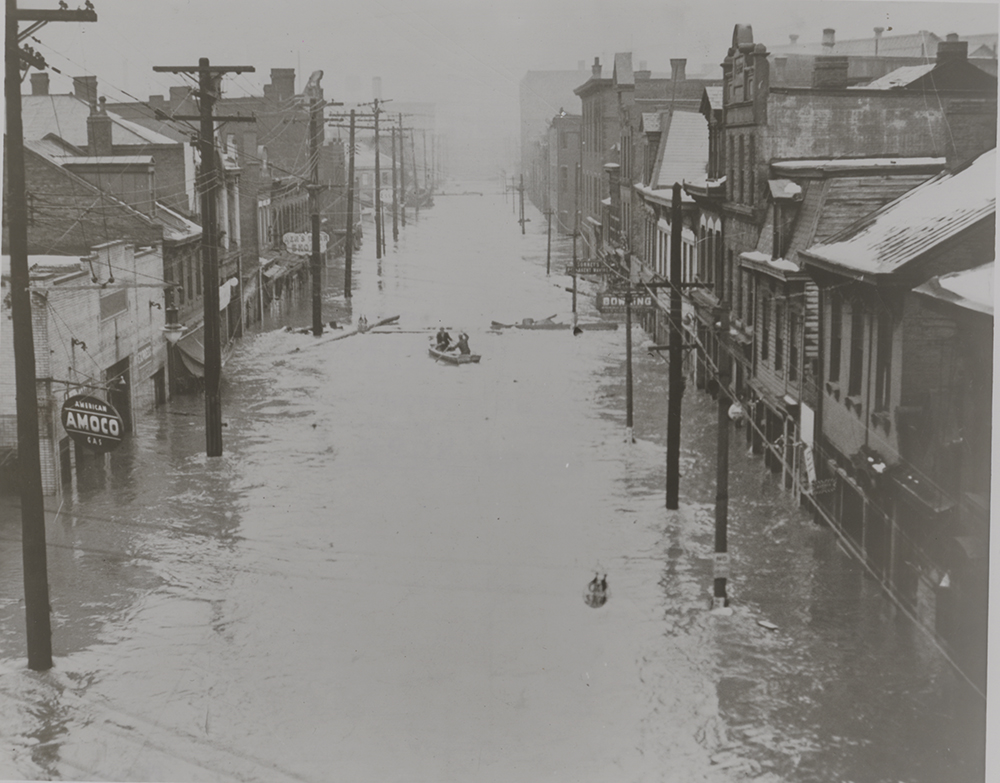 Amoco Station, street unknown, March 1936. | St. Patrick's Day Flood | Heinz History Center