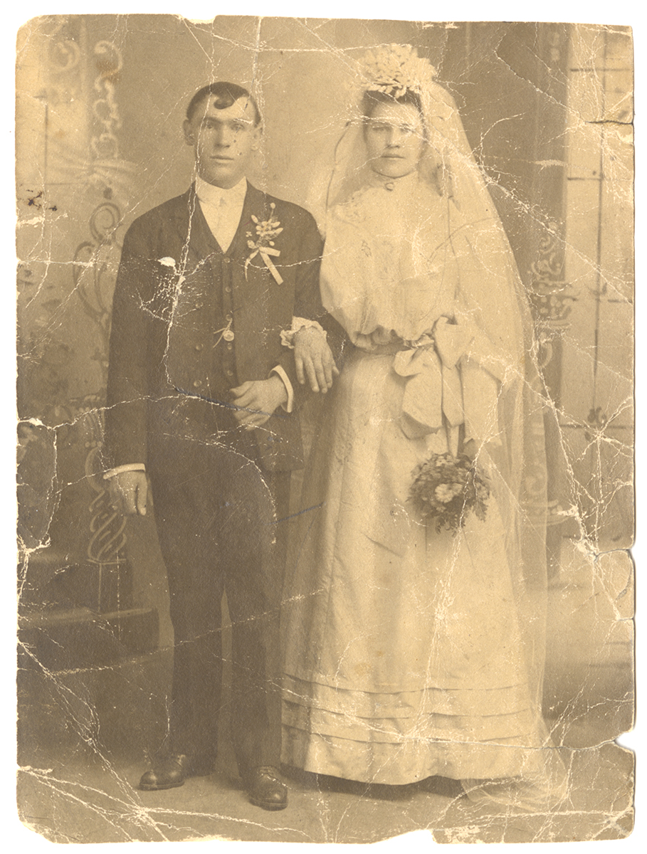 George and Mary in their wedding clothes, 1904. From the Rajcan family collection, Detre Library & Archives at the History Center.