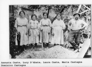 ALT:Assunta Caste, Lucia Dabate, Laura Caste, Maria Castagna, and Domenico Castagna, Becks Run Road, 1920s. | Your #Pixburgh Photo Album | #Pixburgh: A Photographic Experience