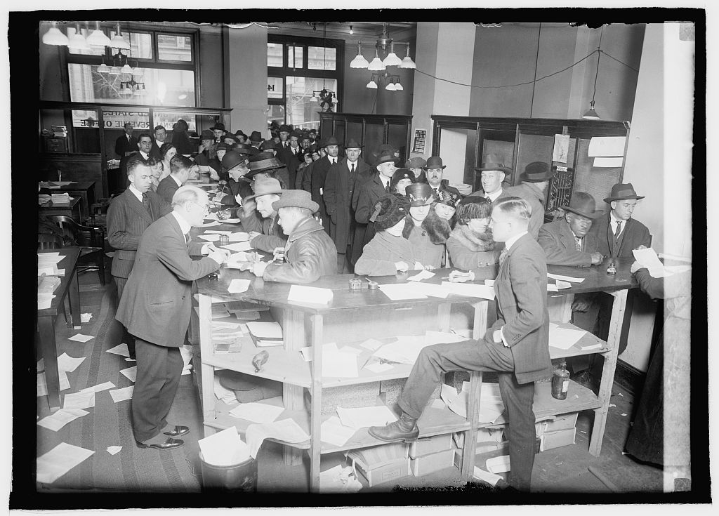 Income Tax Day, c. 1920. Library of Congress.