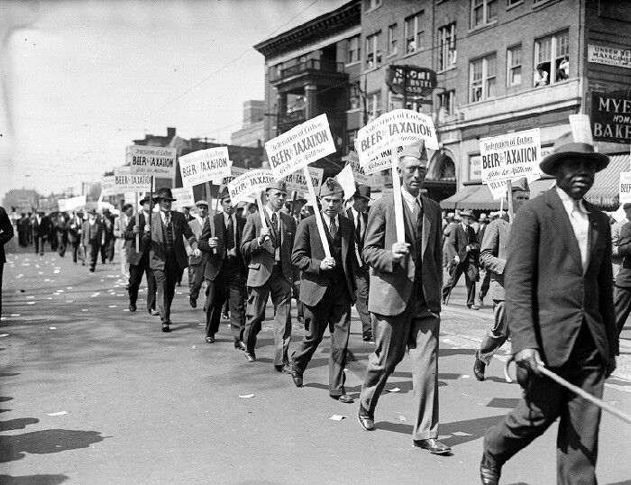 Beer for Taxation parade, 1932. Courtesy of the Walter P. Reuther Library, Archives of Labor and Urban Affairs, Wayne State University.