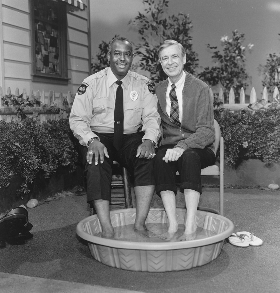 Still image from Episode 1663, where Mister Rogers and Officer Clemmons soak their feet together, aired on February 24, 1993. | Courtesy of Fred Rogers Productions