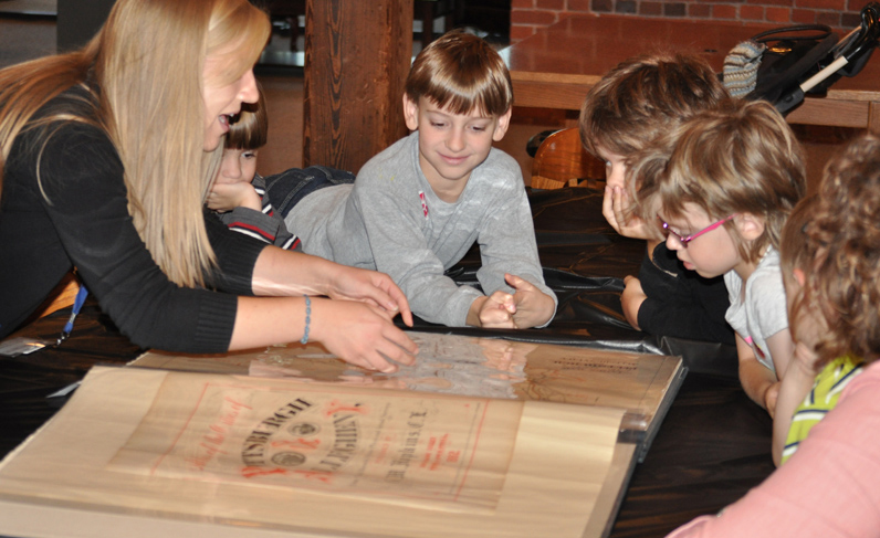 School Programs: Examining the Holocaust through the Archives – Detre Library & Archives
