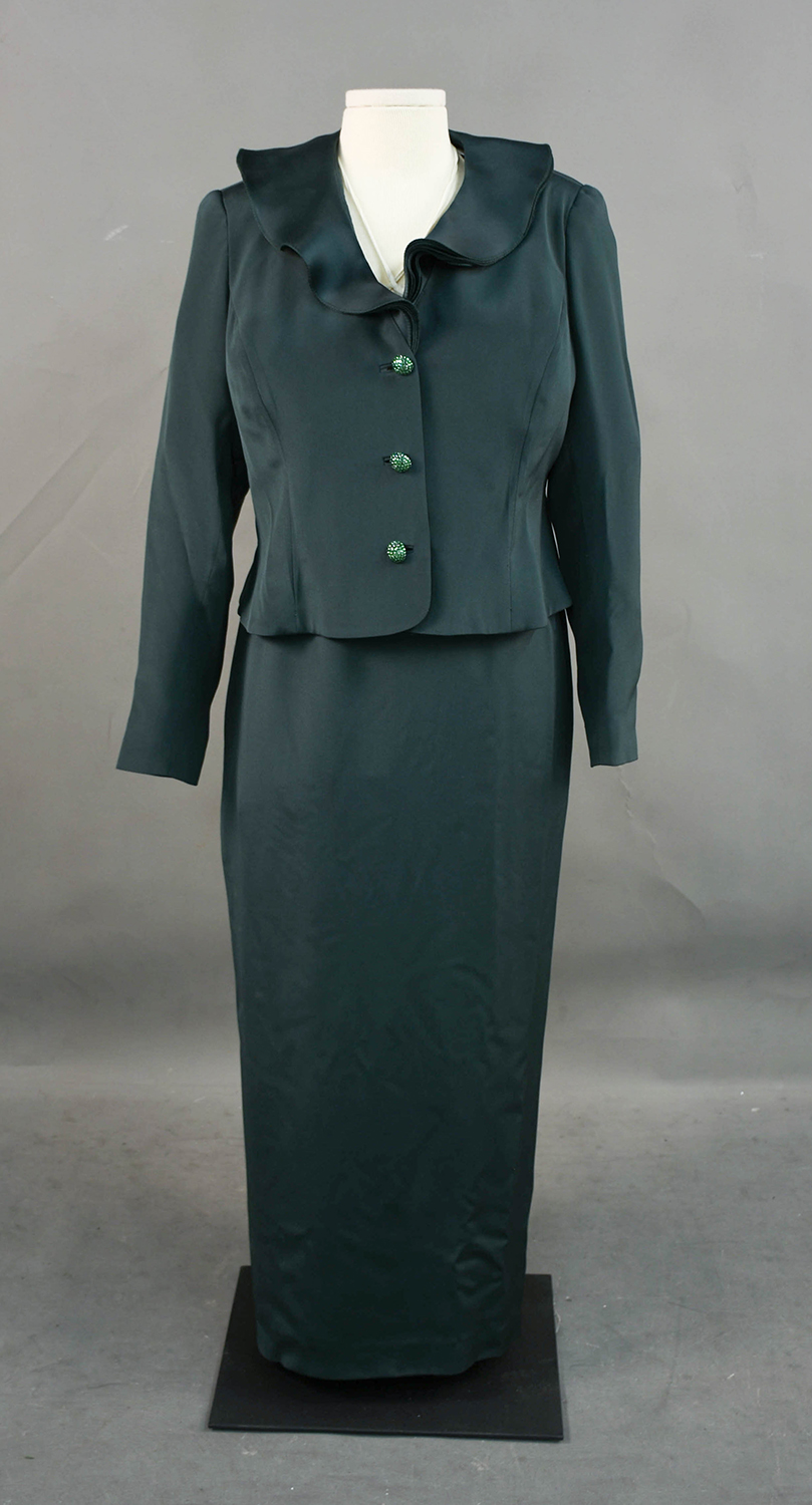 Knoll wore this dress during her first inauguration as Lieutenant Governor.