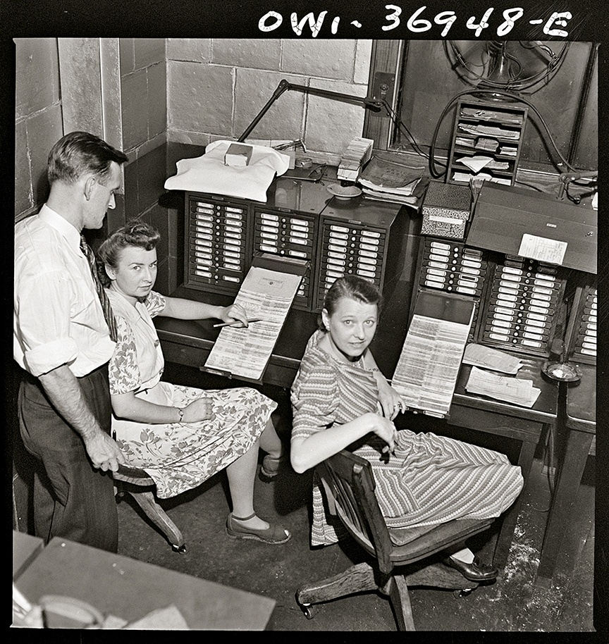 Pittsburgh office staff managing a card system that lists parts in the Greyhound garage, 1943.