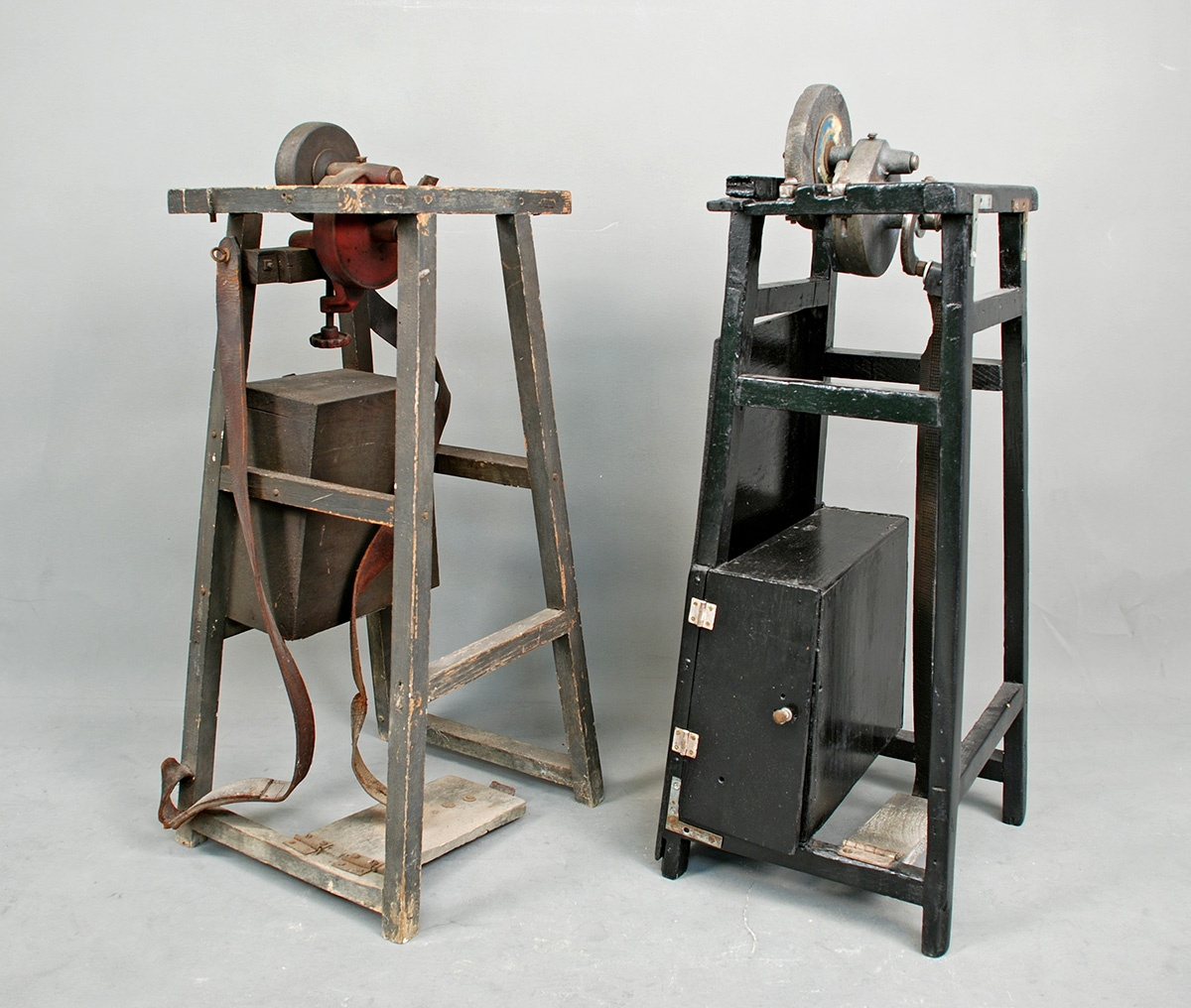 Antonio and Francesco Antonucci's scissor sharpeners, 1917. Gift of Anthony Jr. and Elizabeth Antonucci in honor of Antonio Antonucci. Gift of the Antonucci family. Italian American Collection at the Heinz History Center.