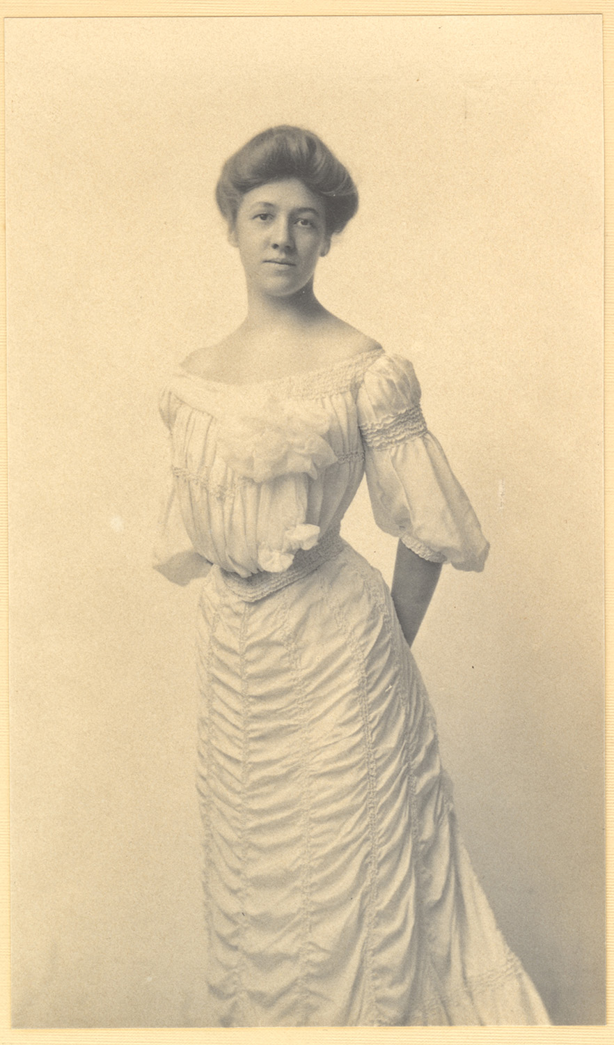 Lucy Kennedy, c. 1900. From the Kennedy Family Papers and Photographs, 2018.0011, Detre Library & Archives at the History Center.