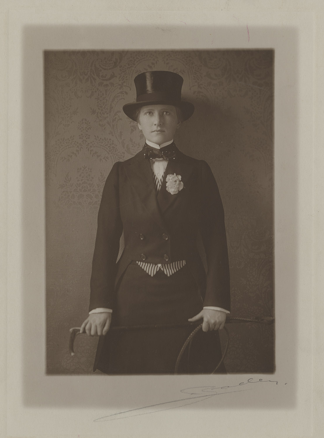 Mary Flinn Lawrence. From the Mary Flinn Lawrence Photographs, MSQ 185, Detre Library & Archives at the History Center.