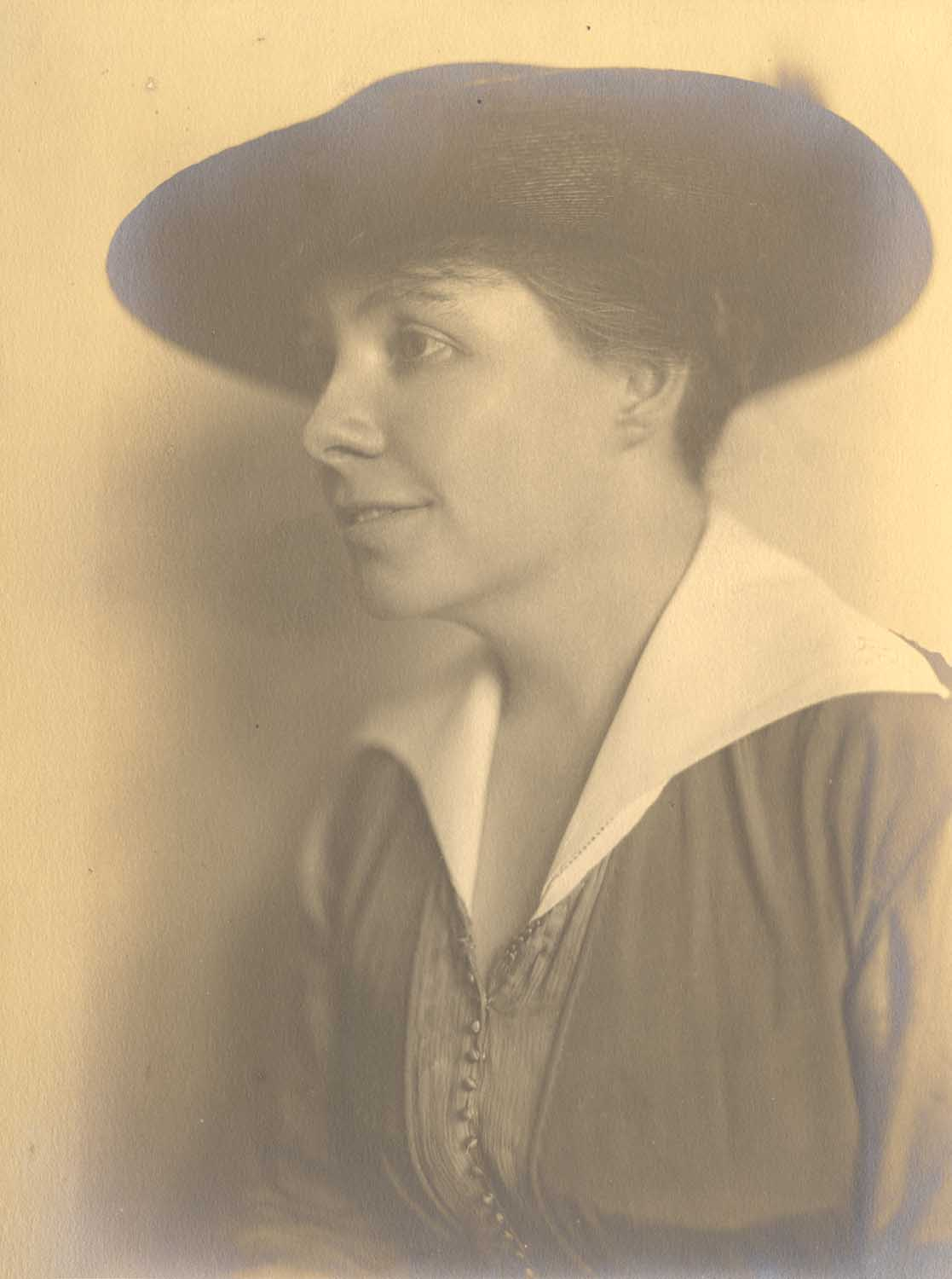 Winifred Meek Morris served as general chairman of the Suffrage Shirtwaist Ball. From the Winifred Meek Morris Papers and Photographs, MSS 1103 Detre Library & Archives at the History Center.