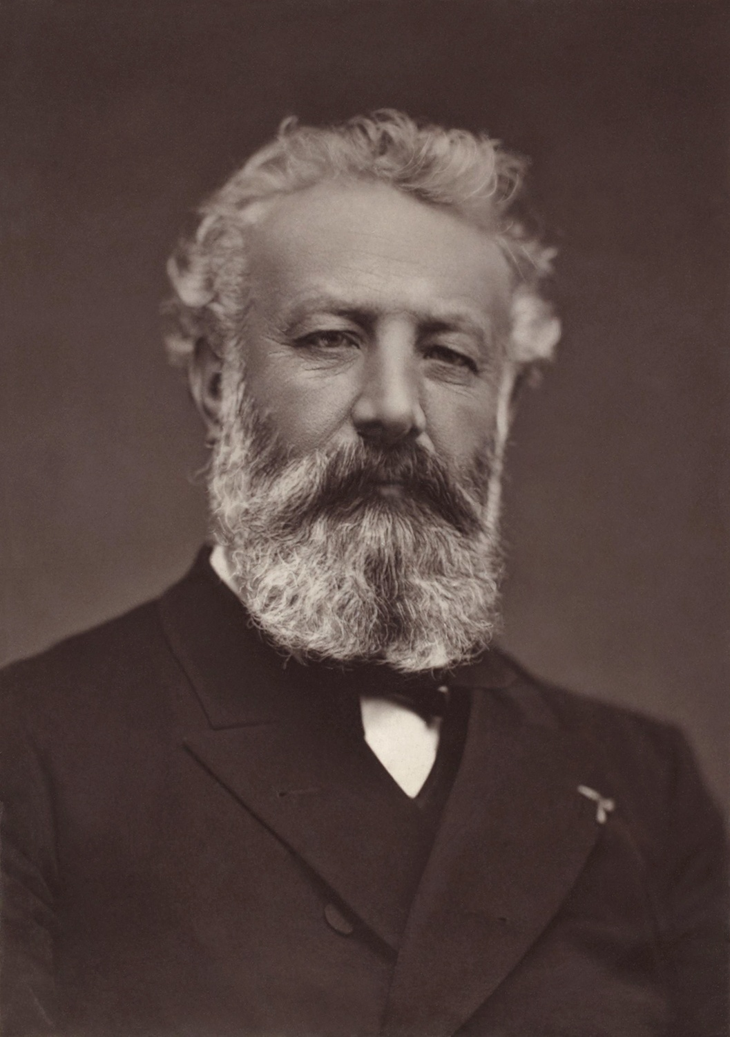 Print of Jules Verne, 1884. Courtesy of Wikimedia Commons.