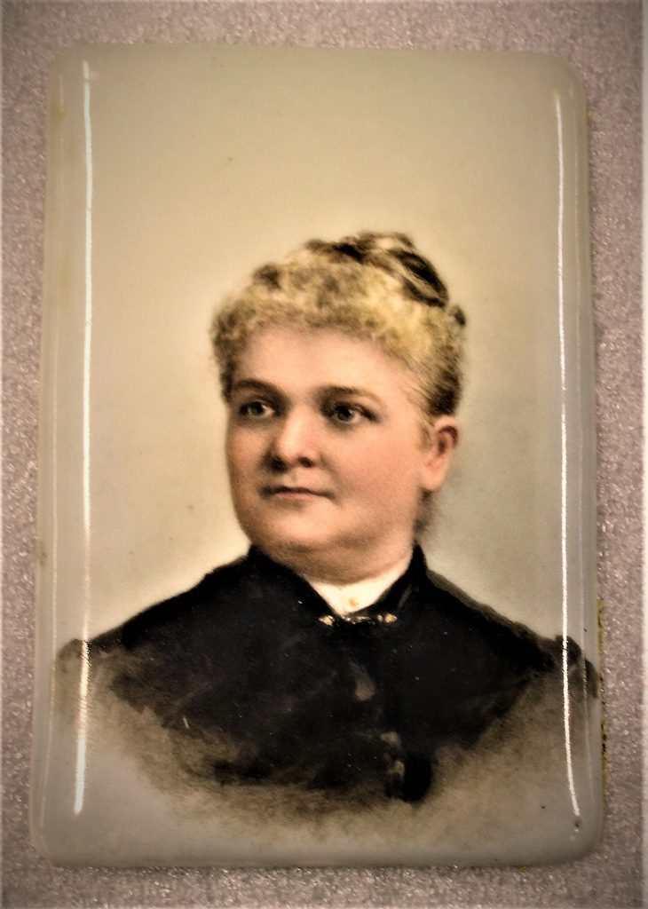 "Portrait miniature of Elizabeth A. Wade, aka ""Bessie Bramble,"" 1880s-1900. Credit: Heinz History Center collections, given in memory of Elizabeth Wade Yewell."