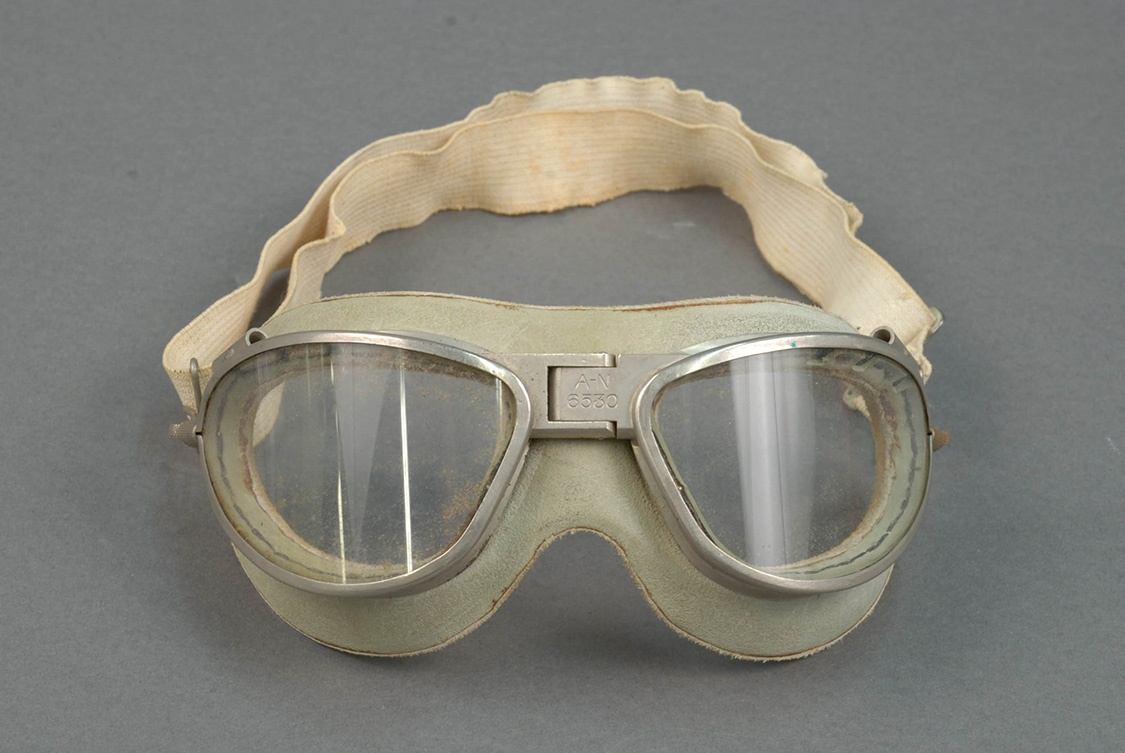Pilot's flight goggles, worn by William A. Johnston. Gift of Regis Bobonis.