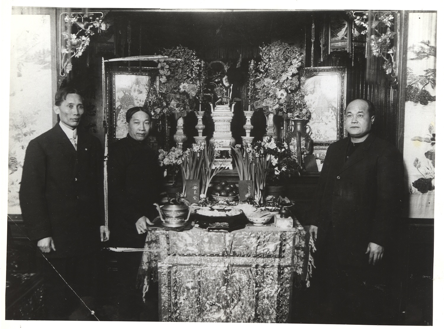 Displaying an altar (possibly a Lunar New Year altar) in Chinatown, 1912. Gift of Elenore Seidenberg, MSP 566, Detre Library & Archives at the History Center.